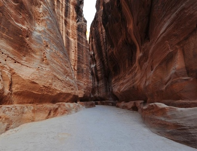 Al Siq Canyon at Petra | Petra, Jordan | Travel BL