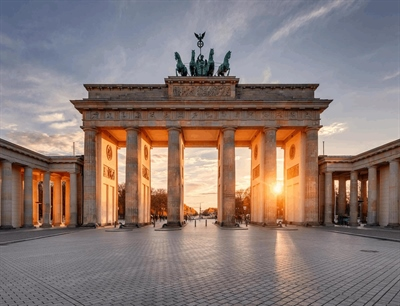 Brandenburg Gate | Berlin, Germany | Travel BL