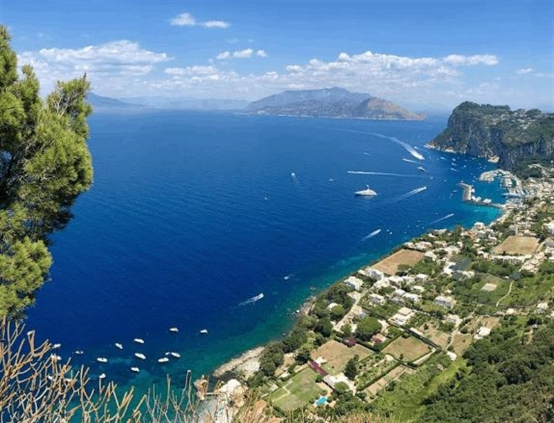 Castello Barbarossa | Capri, Italy | Travel BL