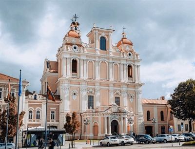 Church of St. Casimir | Vilnius, Lithuania | Travel BL