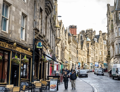 Edinburgh Old Town | Edinburgh, Scotland,UK | Travel BL