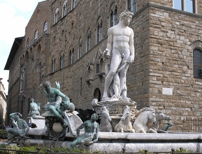 Fountain of Neptune | Bologna, Italy | Travel BL