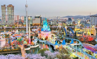 Have fun at Lotte World | Seoul, South Korea | Travel BL