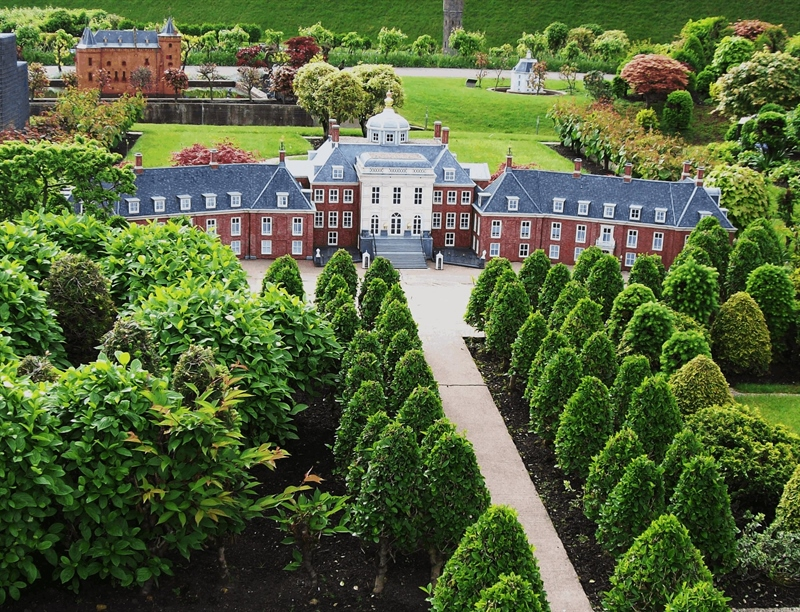 Huis Ten Bosch | The Hague, Netherlands | Travel BL