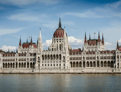 Hungarian Parliament Building | Budapest, Hungary | Travel BL
