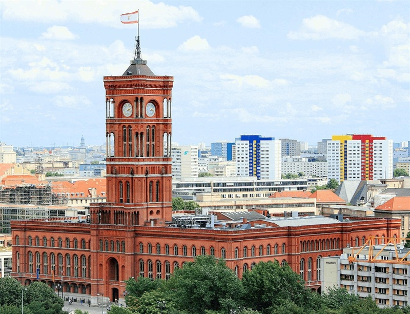 Rotes Rathaus | Berlin, Germany | Travel BL