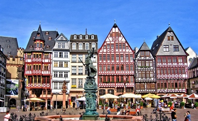 See the Römer | Frankfurt, Germany | Travel BL