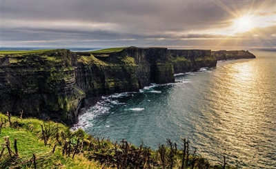 Take a one day tour to Cliffs of Moher | Dublin, Ireland | Travel BL