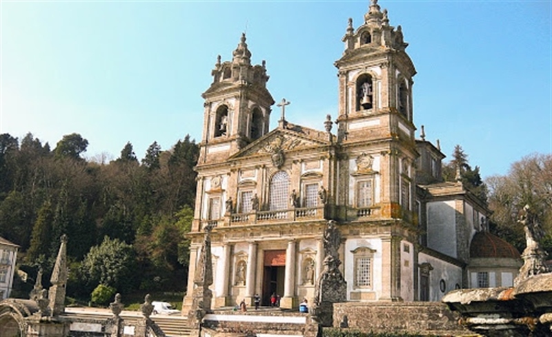 Visit the Braga Cathedral | Braga, Portugal | Travel BL