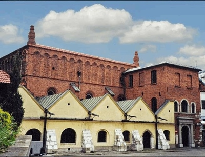 Visit the Old Synagogue | Krakow, Poland | Travel BL